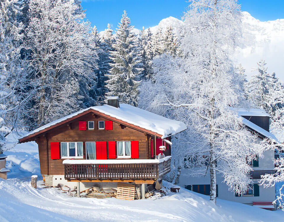 Five Steps to Preparing Your Vacation Home for Winter
